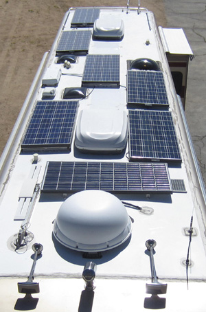 1000 Watt RV Solar System on Diesel Pusher